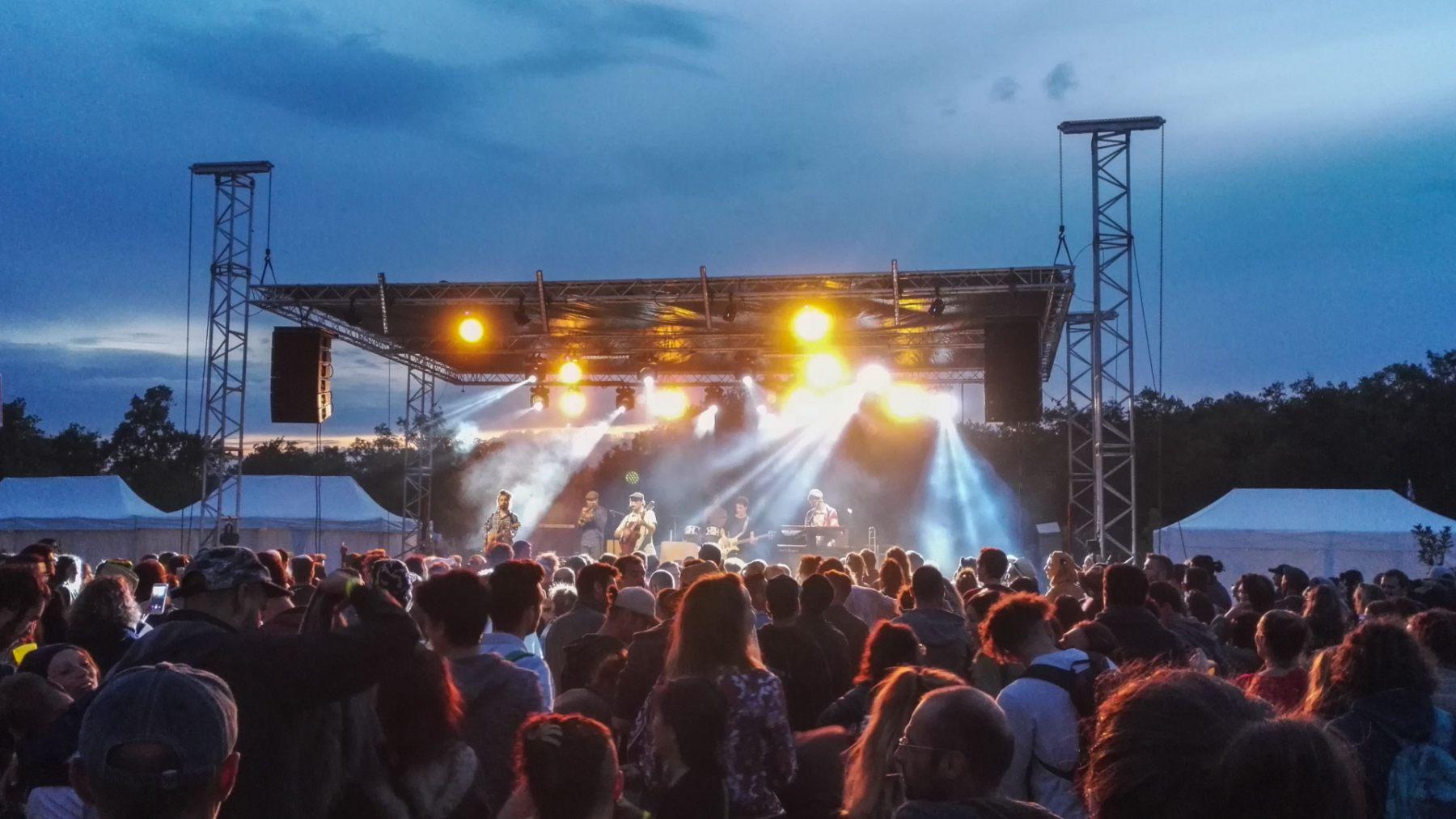 DECIBEL - Festival Roots du Lac - Son et Lumière
